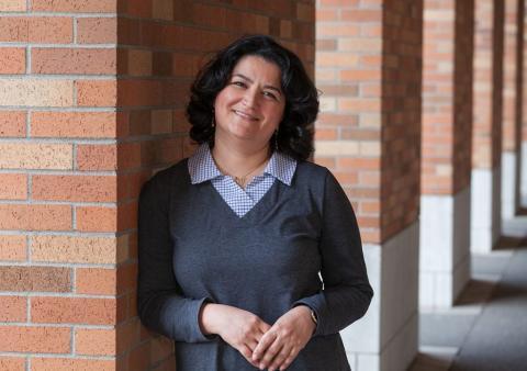 Azadeh Yazdan headshot on the UW campus