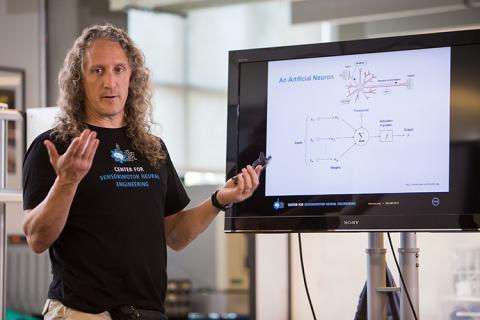 Larry Bencivengo teaching a CNT summer program class about artificial neural networks