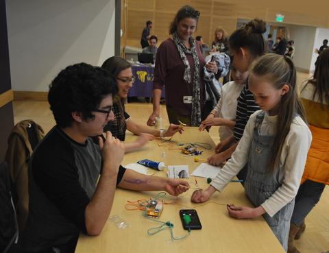 Here, students measured electrical activity of muscles and displayed the activity on a smartphone.